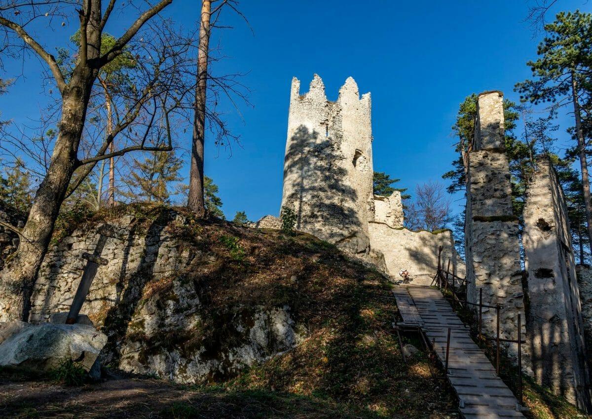 Veža blatnického hradu