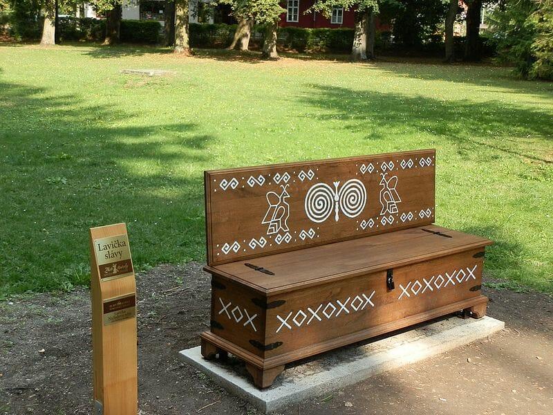 Ľudová lavička, park Turčianske Teplice