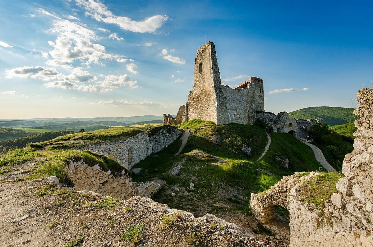 Výhľady z hradného múra