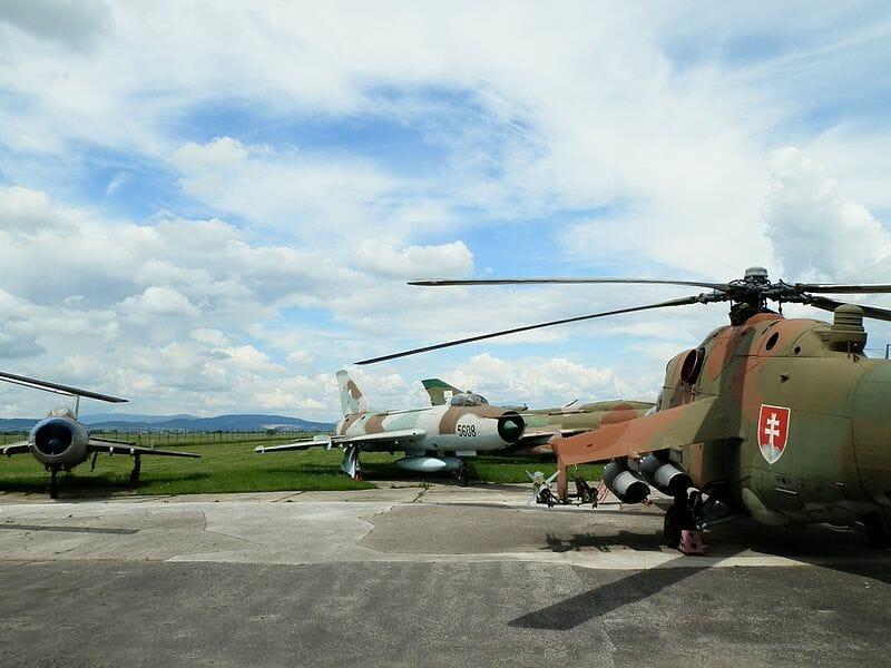 Vonkajšia expozícia vojenského múzea