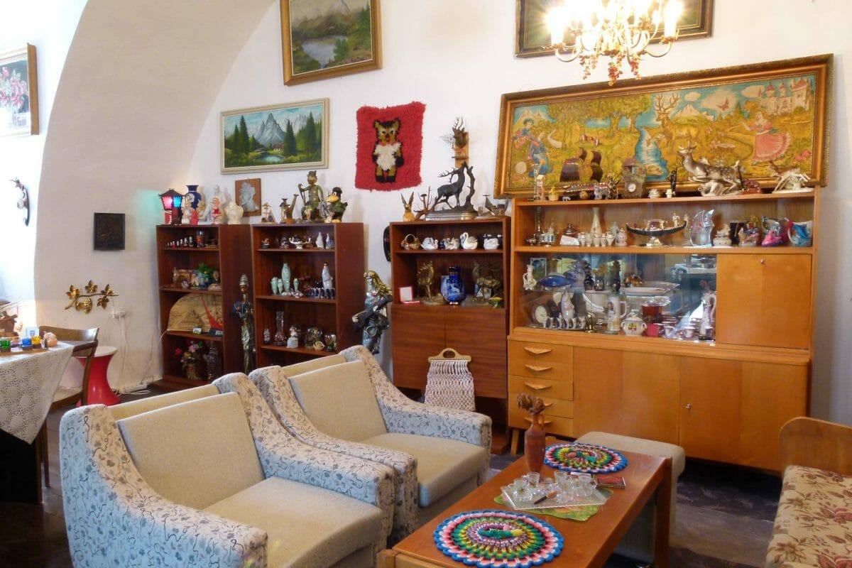 Múzeum gýča, interiér