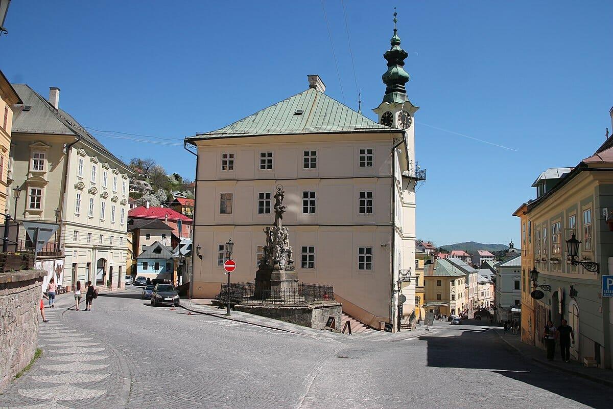 Banská Štiavnica – pohľad do centra mesta
