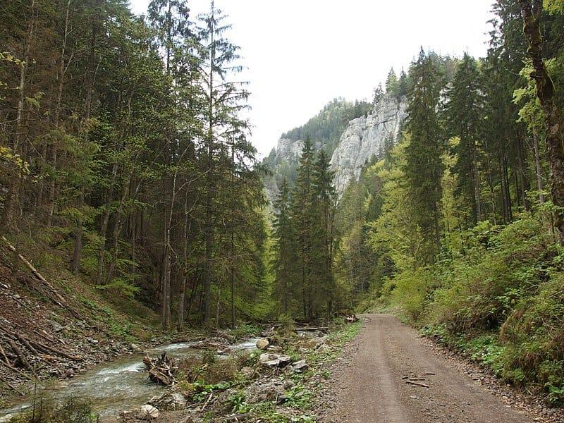 Prekrásna Dedošová dolina