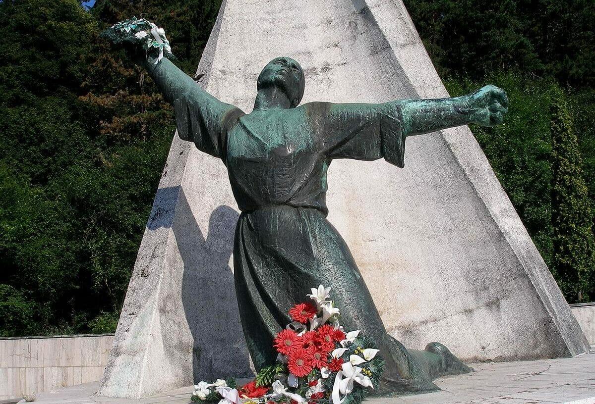 Socha ženy, pamätník v Nemeckej