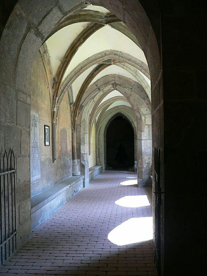 Krížová chodba kláštora