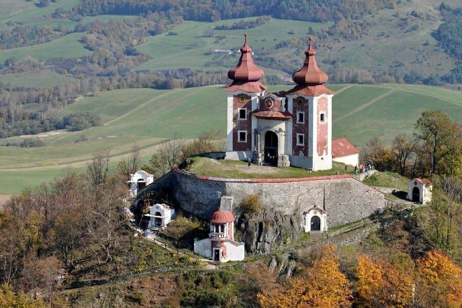 Letecký pohľad na horný kostol