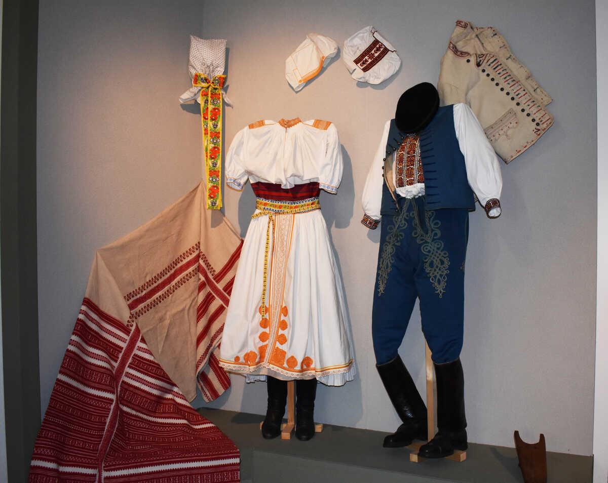 Ľudový odev – expozícia múzea