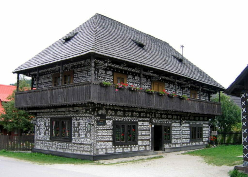 Radenov dom v Čičmanoch (expozícia Považského múzea)