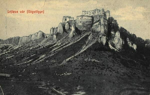 Hrad v roku 1909
