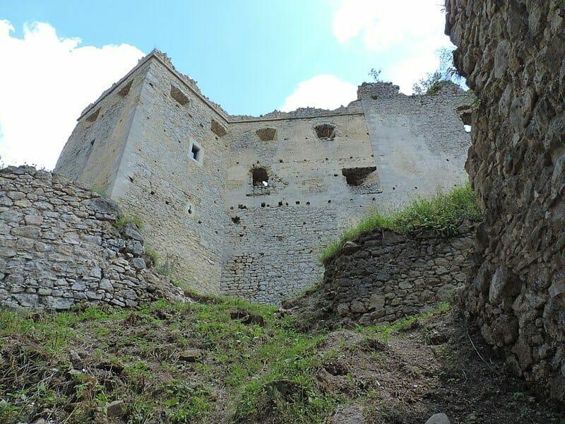 Hradné múry