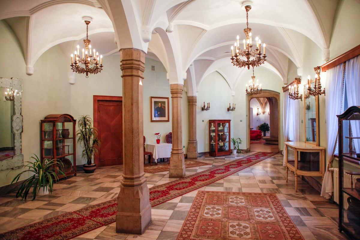 Prízemie Smolenického zámku