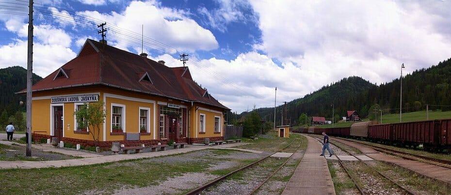 Železničná stanica Dobšinská ľadová jaskyňa