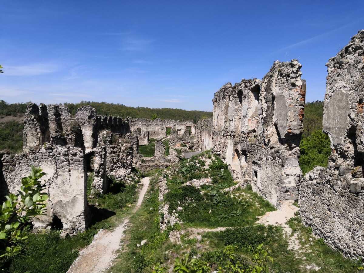 Horný hrad - Hrad Čabraď