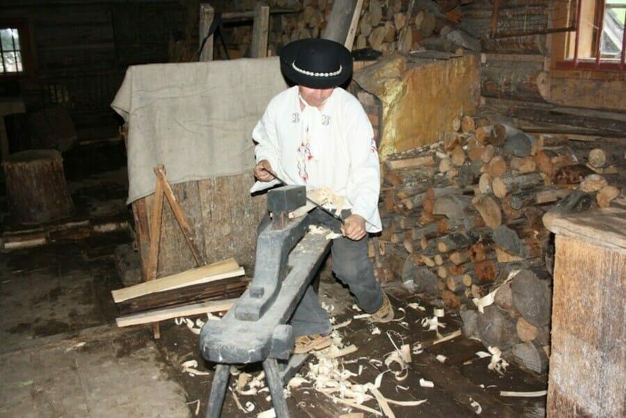 Ukážka spracovania dreva z čias Baníckeho domu Vyšná Boca