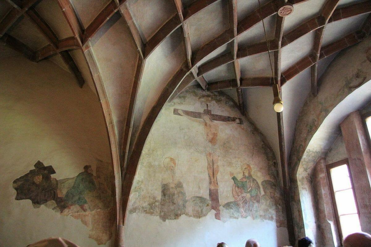 Rebrovaná klenba – interiér Červený kláštor