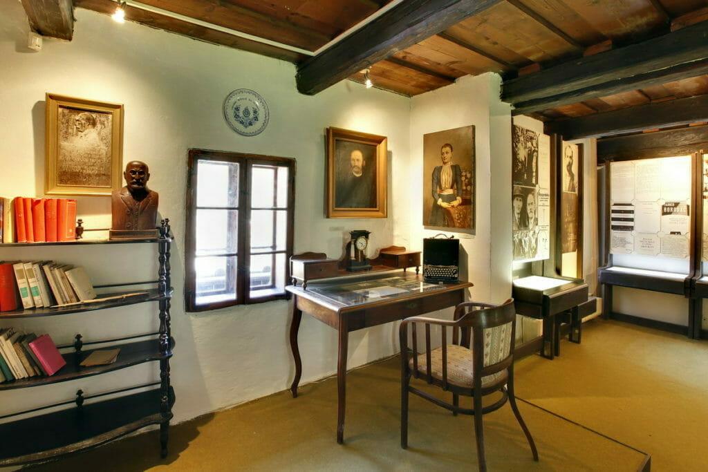 Písací stôl J.G.Tajovského v pamätnej izbe