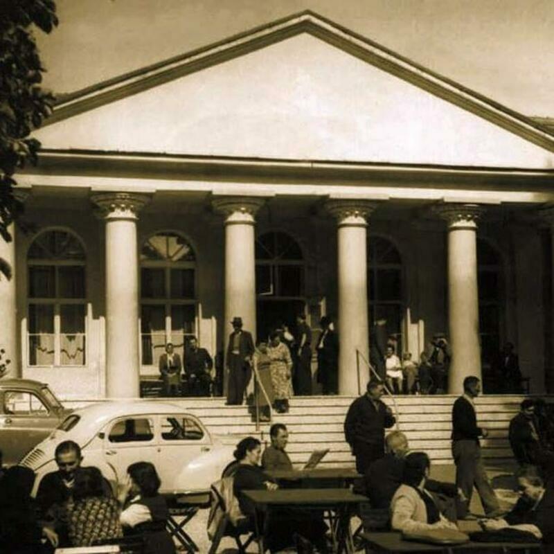 Historická fotografia Kúpeľov Smrdáky