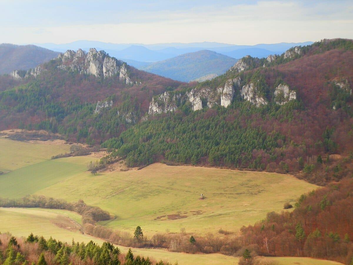 Pohľad na Súľovské skaly