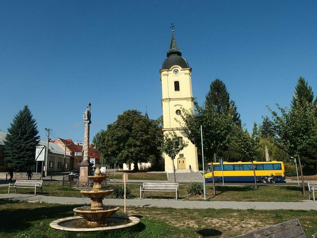 Vrbovská šikmá veža