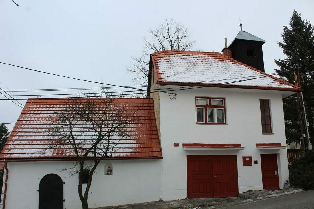 Historická zrekonštruovaná sýpky v Hrboltovej